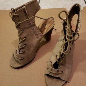 Rue21 zip and tie heels
